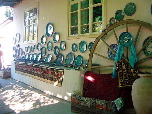 Rishtan - ceramics center in Fergana Valley, Uzbekistan