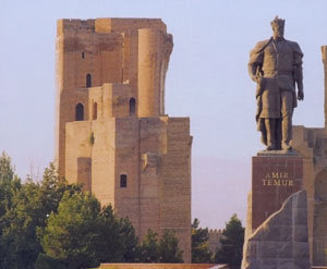 Monument to Amir Temur in Shakhrisabz